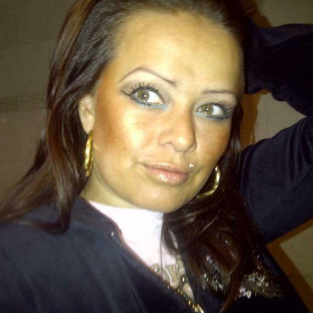 Goed verzorgde Haagse vrouw zoekt man